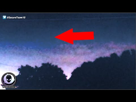 Shocked Man Captures TR3B UFO Hiding In Dark Skies Behind Home 9/26/2015