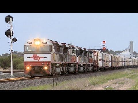SCT Freight Train at Lara, Victoria - PoathTV Australian Trains & Railways