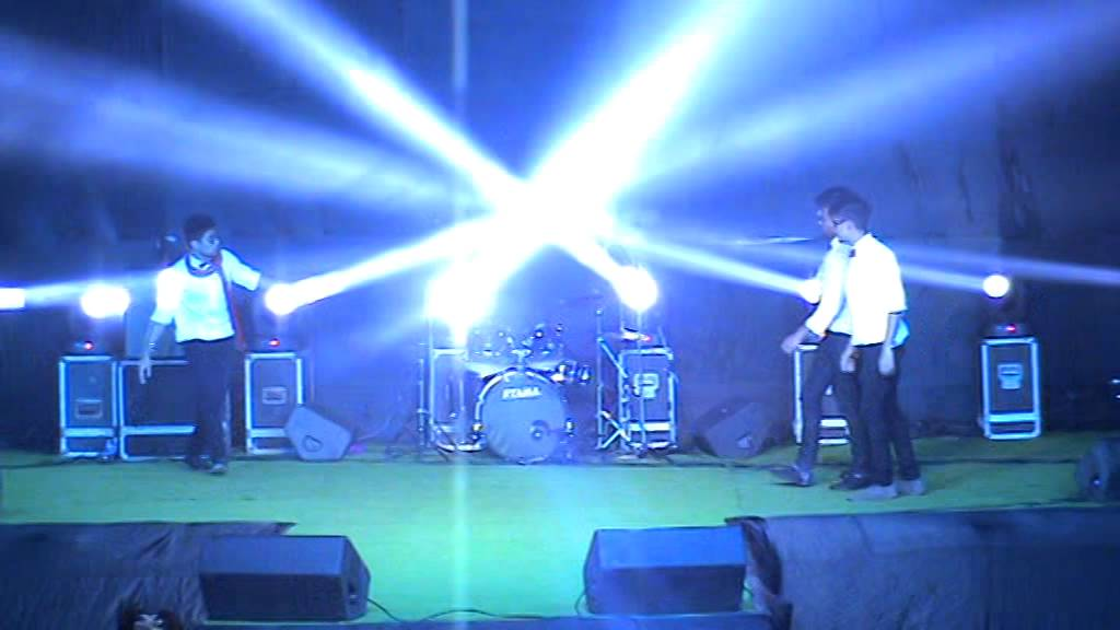 SGI- Boys Group Dance | Cerebrum 2015 | Anand Engineering college - Agra