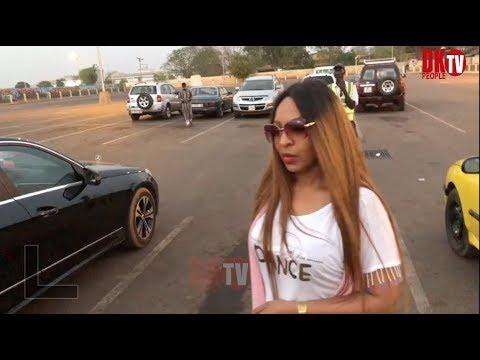 Larrivee De  viviane  A Bamako pour le Festival de salingué