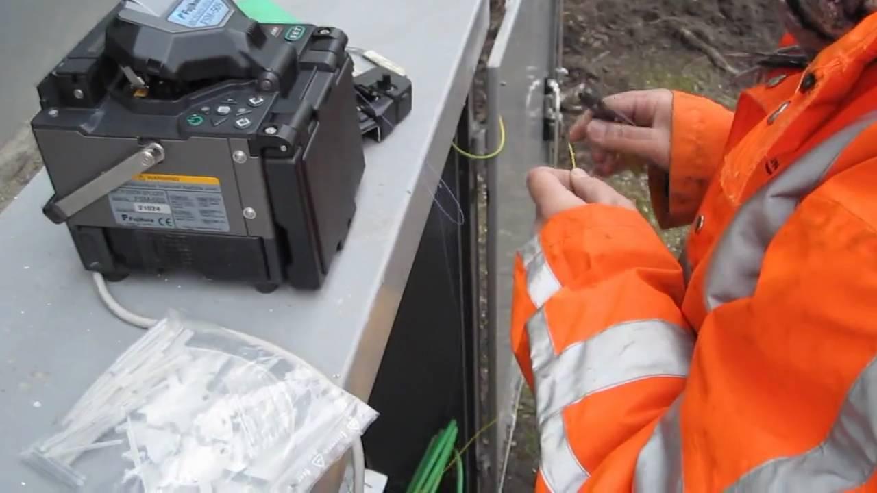 Werk data telecom monteur in schakelkast glasvezel lassen for Zelf vijverfolie lassen