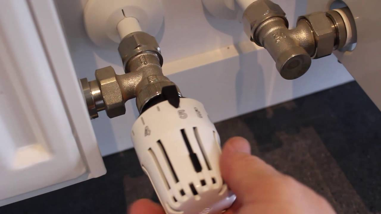 ANSWERED: How Does a Thermostatic Radiator Valve Work? - YouTube
