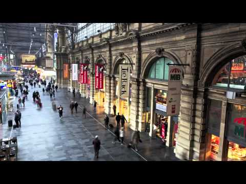 Frankfurt Train Station time lapse