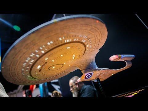 Awesome Star Trek USS Enterprise 1701-D Replica!