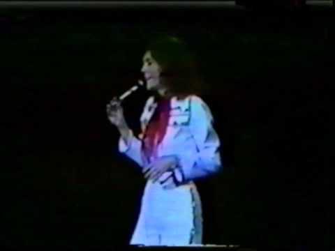Carpenters Live - Osaka, Japan - 1976