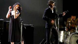 Sixteen, Fifteen, Fourteen by PJ Harvey & John Parish @ Beacon Theater NYC 06/09/09
