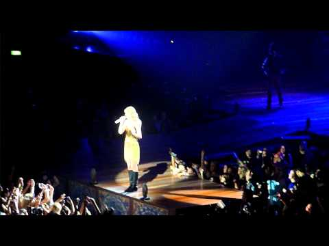 Taylor Swift, Auckland,NZ. Last concert - 111th on 18/03/2012 - speech for New Zealanders