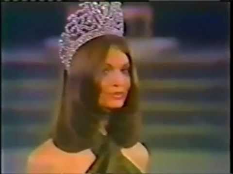 Kerry Anne Wells ( Australia ), Miss Universe 1972 -  Farewell Walk