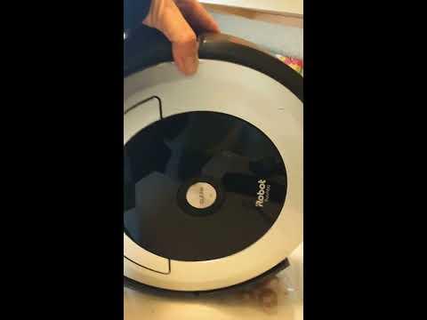Roomba Magic! Vacuum cleaner cleaning