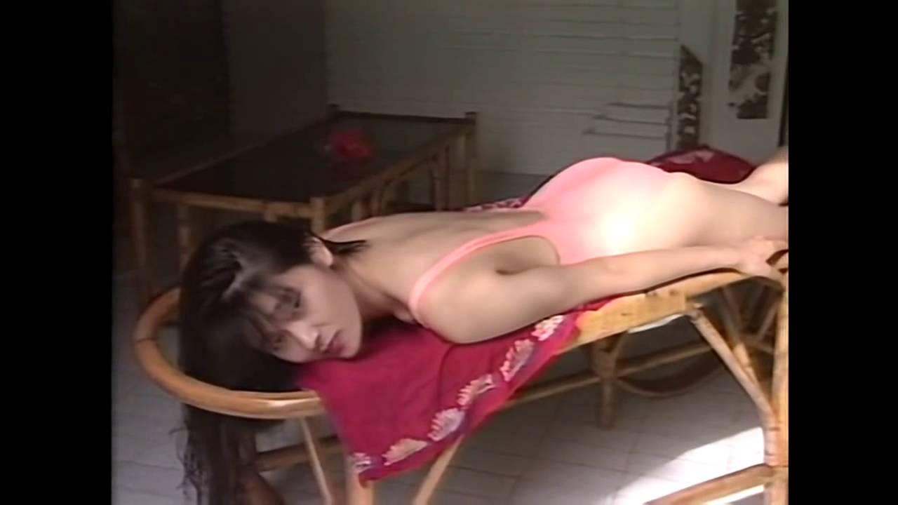 Ichiko Fujii posing in high cut one piece swimwear 藤井一子