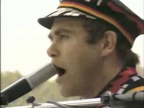 Elton John - Little Jeanie (Central Park 1980)