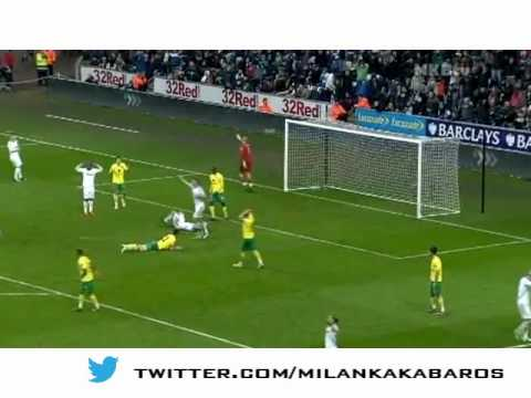 Gylfi Sigurdsson Swansea 2012 Highlights- Tottenham Player