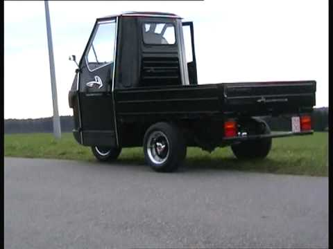 piaggio ape 50 downhill drive 2 youtube. Black Bedroom Furniture Sets. Home Design Ideas