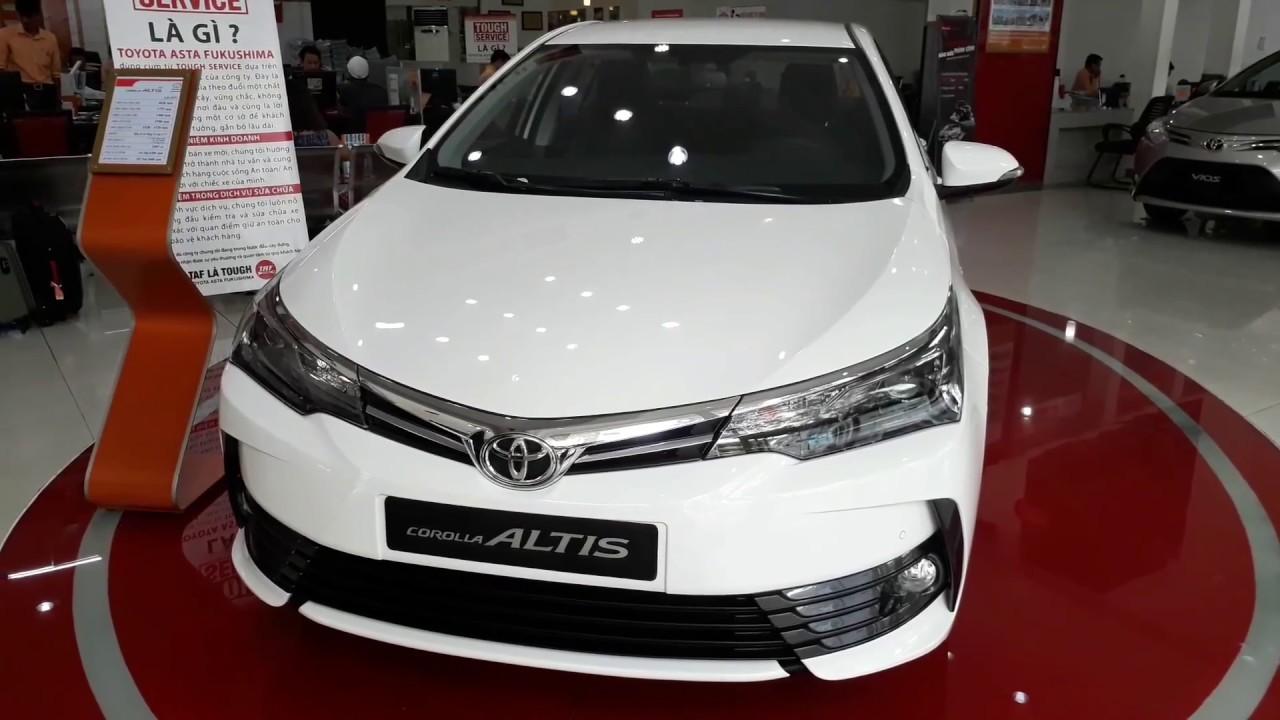 xe Altis Luxury 2018