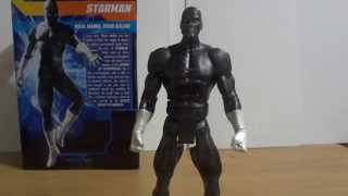 Chris reviews The DC Signature Series Starman Figure From Matty Collector.