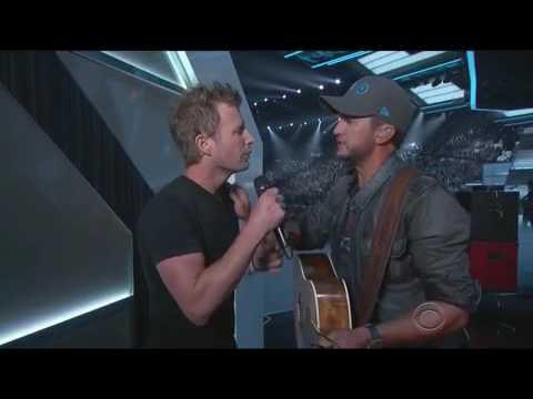 Luke Bryan - Huntin' Fishin' Lovin' Everyday 2016 ACMs