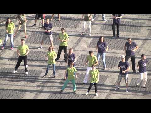 Flash mob Repornim mocanita - mai 2014