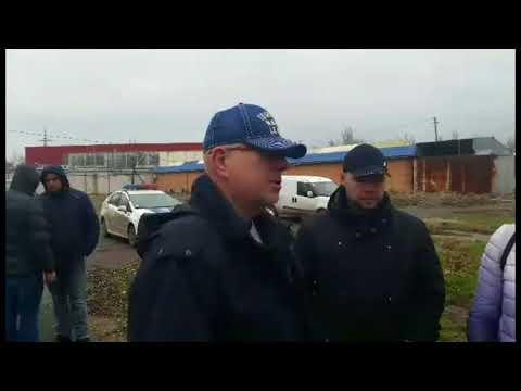 ПН TV: В ходе попытки захвата рынка 'Колос' пострадали полицейские, охранники и уборщица