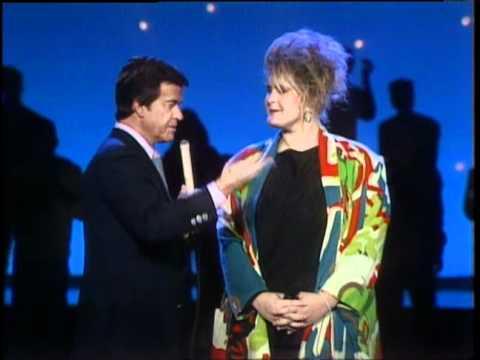 Dick Clark Interviews Alison Moyet - American Bandstand 1985