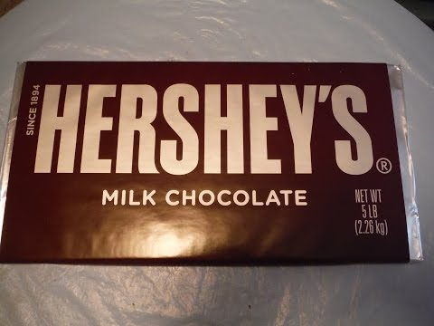 5 lb. Hershey's Chocolate Bar Challenge - CHRISTMAS EDITION (2000 SUBSCRIBER SPECIAL)