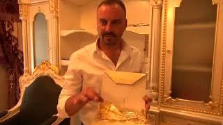 Altın Kaplamalı Apartman Göz Kamaştırıyor