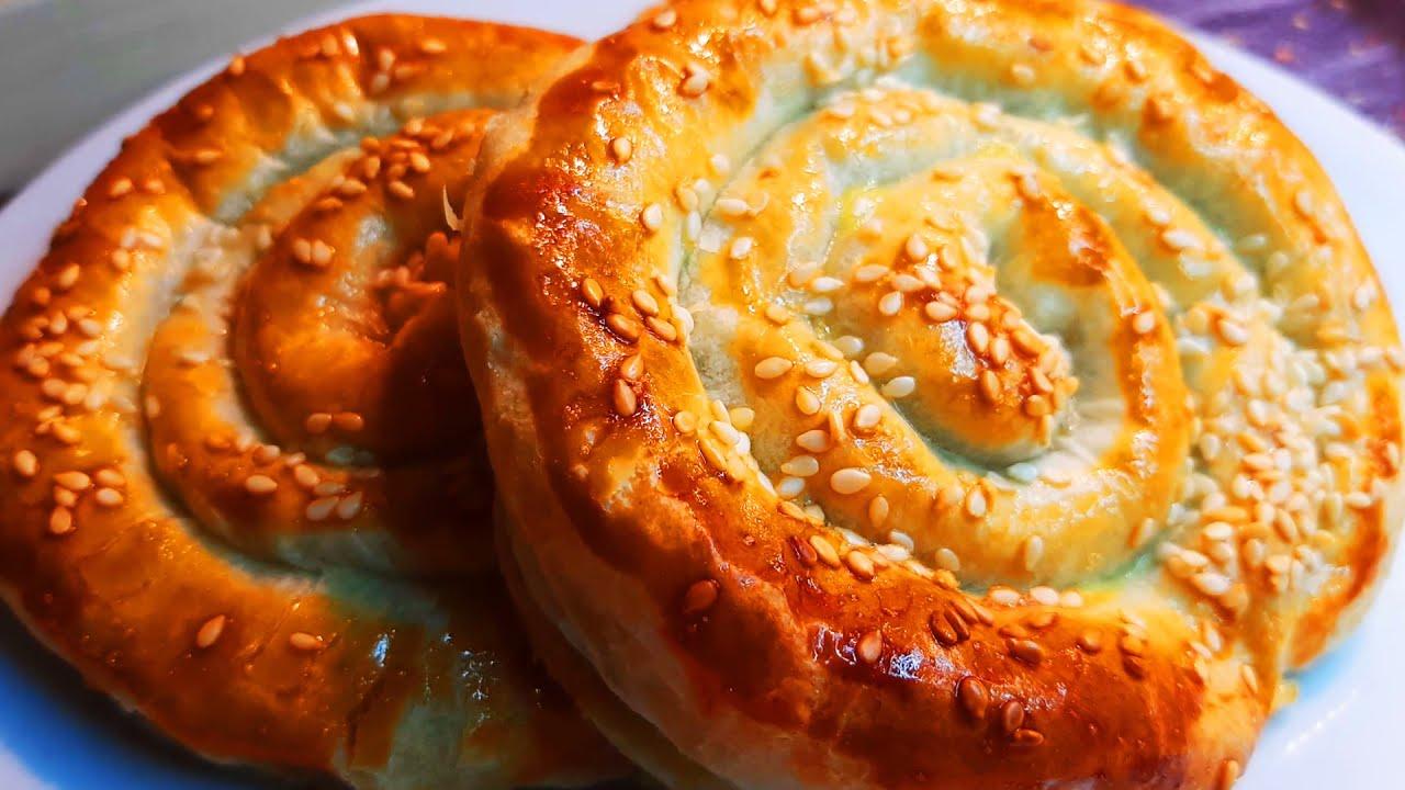 Греческая улитка с сыром и шпинатом