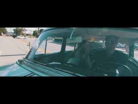 Machine Gun Kelly: Young Man [ft. Chief...