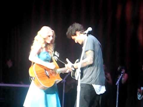 "Taylor Swift @ Staples Center Ft. JOHN MAYER- ""your Body Is A Wonderland"""