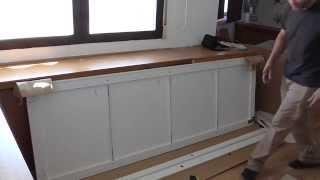 Repeat youtube video Puertas correderas de pax de Ikea.sliding doors assembly