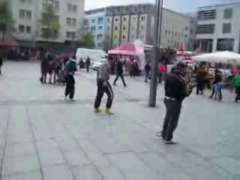 Capoeira Flashmob Hagen   Grupo Capoeira Muzenza NRW Alemanha