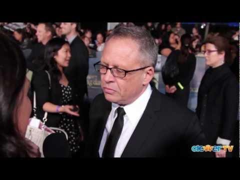 Bill Condon Talks Robert, Kristen & Taylor's Future - Breaking Dawn Part 2 Premiere
