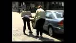 Розыгрыш про полицейского с больной спиной(M)
