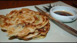 Korean Seafood Pancakes 해물파전 Recipe