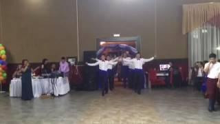 Смотреть Жаркент уйгурский танец онлайн