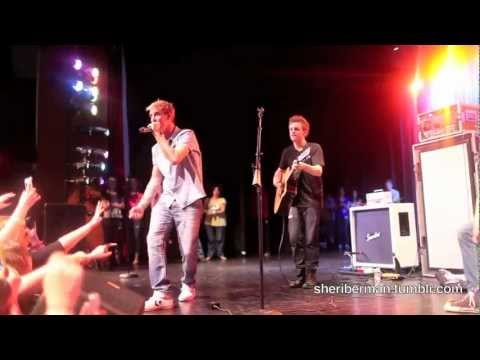 I Want Candy (Live at Hunterdon Central High School) - Aaron Carter
