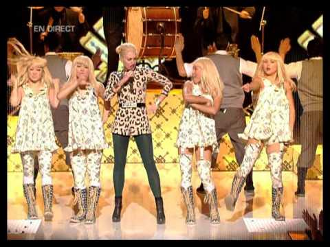Gwen Stefani  Wind It Up NRJ Awards, 2007