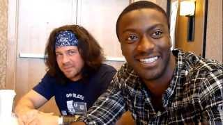 SDCC 2010 - Leverage - Christian Kane and Aldis Hodge (guitars, romance, singing, a dark side).mov
