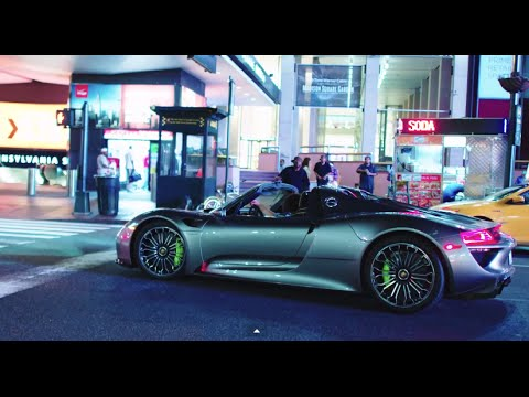 Driving Manhattan Island in a Porsche 918 Spyder: Electric-O