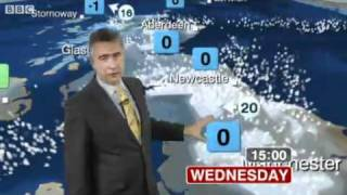 Repeat youtube video BBC Weather: UK Snow Update - Tuesday 30 November 2010
