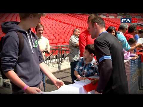 Rooney, Gerrard, Terry, Walcott and England meet fans - England v Belgium 02-06-12 | FATV