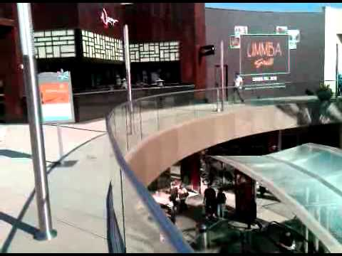 Dom Naidoo tours the new Santa Monica Place