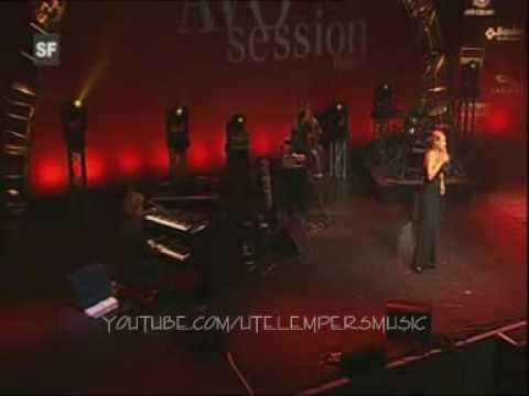 UTE LEMPER ~ Port Of Amsterdam (live 2006)
