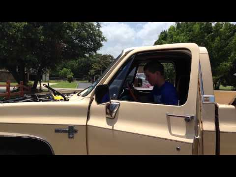 1986 Chevy C10 Goodwrench 350 First Start