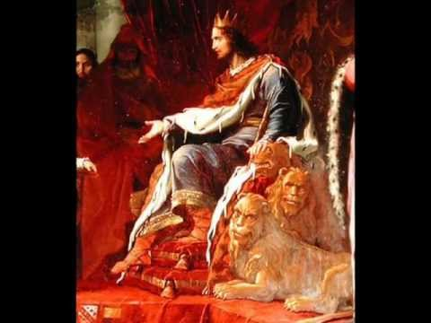 Understanding realism and absolutism in the case of greeks