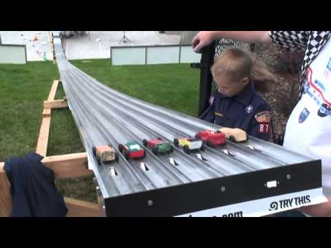 Longest Pinewood Derby Track 6 Lanes 8/2010 Salt Lake City, Utah