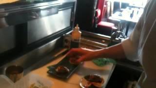 オーストラリアのジャパレス(日本食レストラン)のキッチンの様子です...