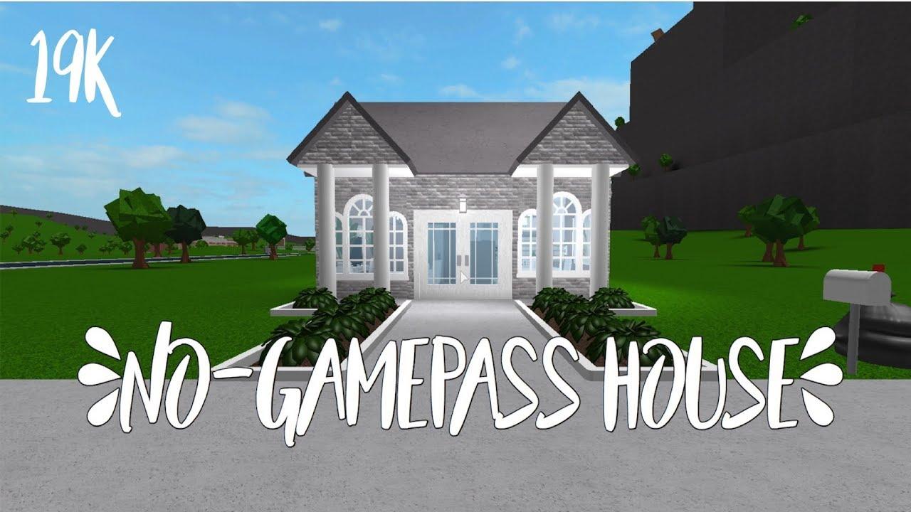 Bloxburg No Gamepass House 1k Sub Giveawayy Youtube