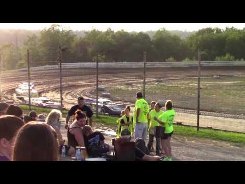 Hummingbird Speedway (6-17-17): Swanson Heavy Duty Truck Repair Semi-Late Model Heat Race #1