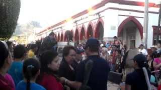 FIESTAS PATRONALES SAN GABRIEL JALISCO ENERO 2014 REPARTO DE DÉCIMAS PARTE  7