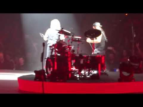 Metallica - Antisocial @ Lyon Halle Tony Garnier 12/09/2017